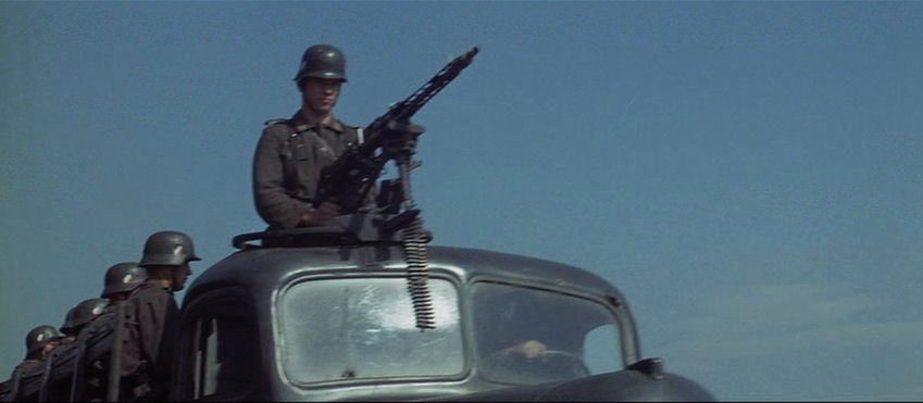 Movie German Truck with MG