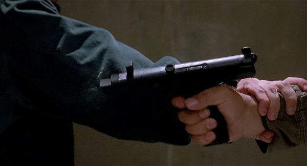 Total Recall 1990 Internet Movie Firearms Database Guns In