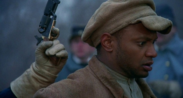 glory movie Excellent civil war movie has graphic violence, profanity read common sense media's glory review, age rating, and parents guide.