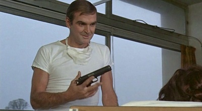 stanley baker hell drivers
