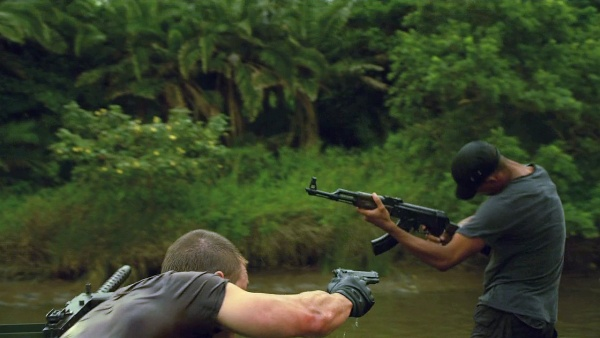 Strike Back S04E01 074.jpg
