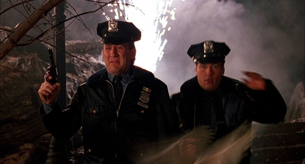 Tv And Internet Service >> Home Alone 2: Lost in New York - Internet Movie Firearms ...