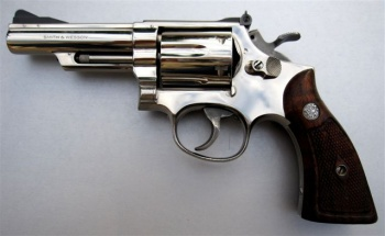 Smith & Wesson Model 19 - Internet Movie Firearms Database - Guns in
