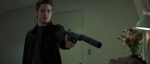 Elijah Wood - Internet Movie Firearms Database - Guns in ...
