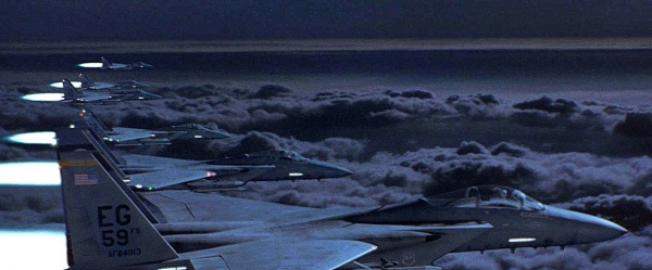 At one point in the film, a flight of F 15 Eagles are scrambled to protect Air Force One. While missiles are mainly used, the F 15's are armed with M61