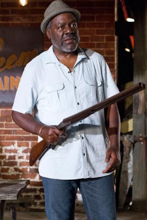 frankie faison coming to america
